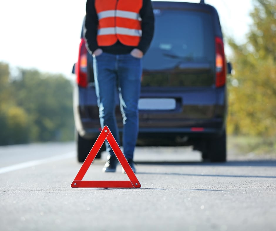 Things to do if You Break Down on the Side of the Road